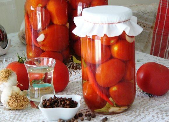 Маринованные сладко-острые помидоры