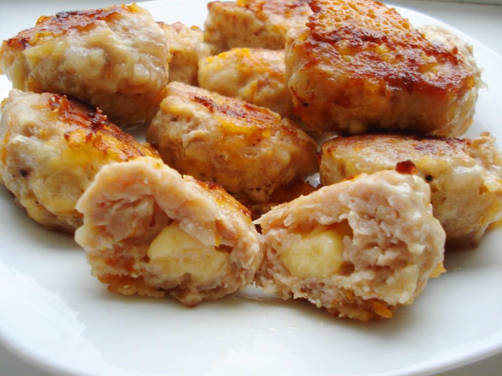 Котлеты куриные рубленные с адыгейским сыром