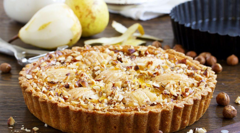 Ореховый пирог с грушей