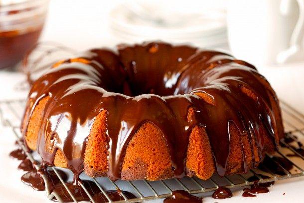 Апельсиновый кекс с шоколадной глазурью
