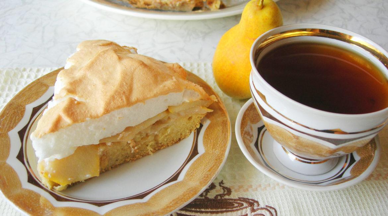 Сливочно-грушевый пирог с суфле