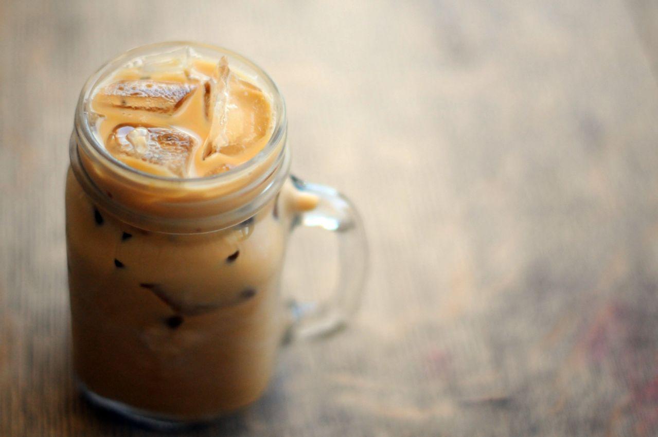 Ольенг (кофе со льдом по-тайски)