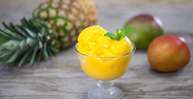 Сорбет из ананаса и манго