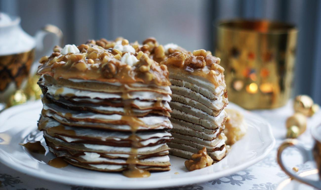 Блинный торт с ореховым кремом