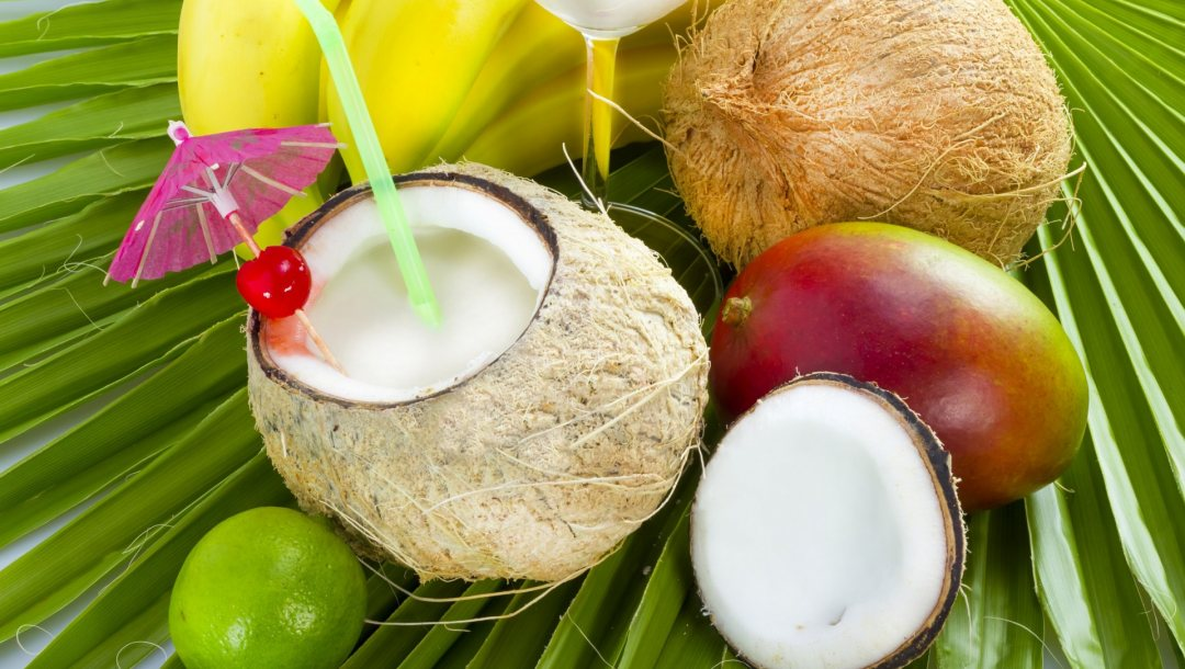Смузи с кокосом и манго