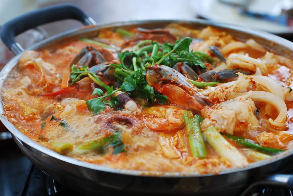 Корейский суп Nakji Jeongol