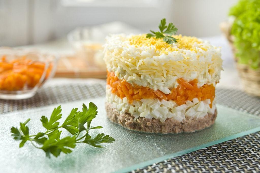 Салат слоёный Кольцо