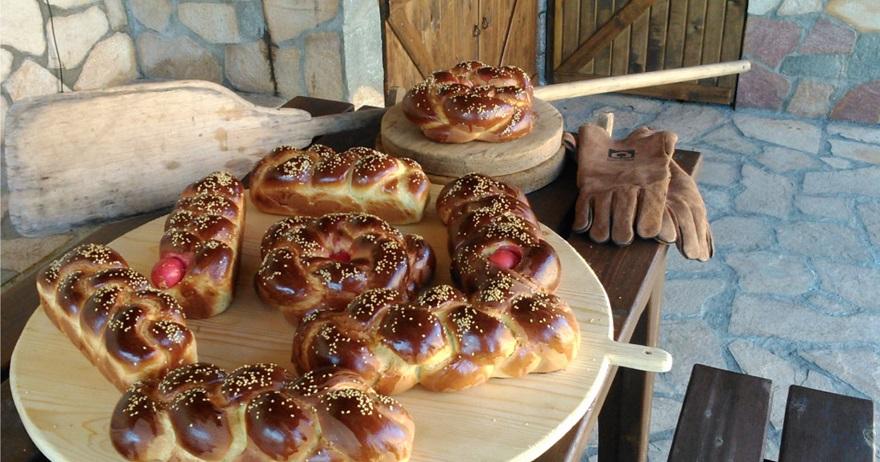 Цуреки (пасхальный хлеб)